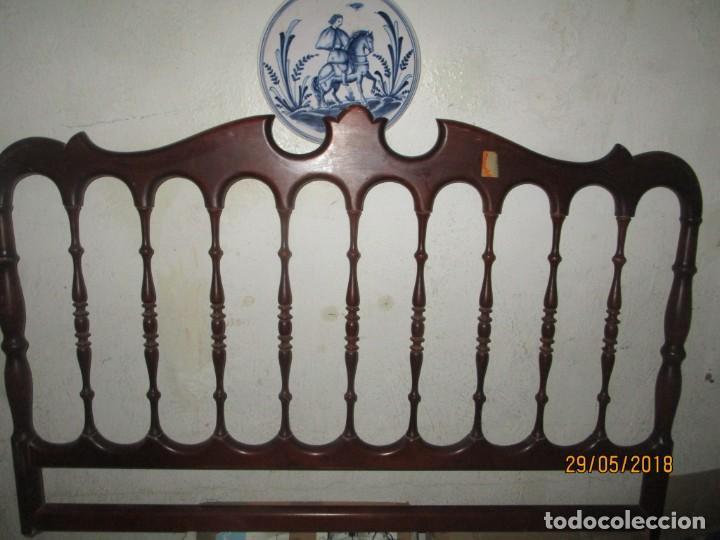 PAREJA DE ANTIGUOS CABECEROS DE CAMA MADERA PARA DORMITORIO JUVENIL (Antigüedades - Muebles Antiguos - Camas Antiguas)