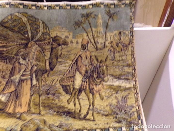 Antigüedades: precioso antiguo tapiz escena arabe - Foto 5 - 236386780