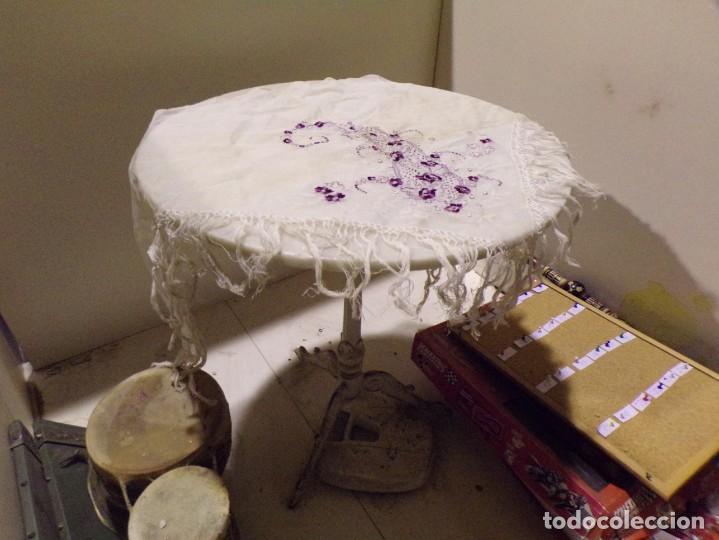 Antigüedades: antigua mantilla tipo manton manila con bonitos bordados y flecos - Foto 11 - 236397980