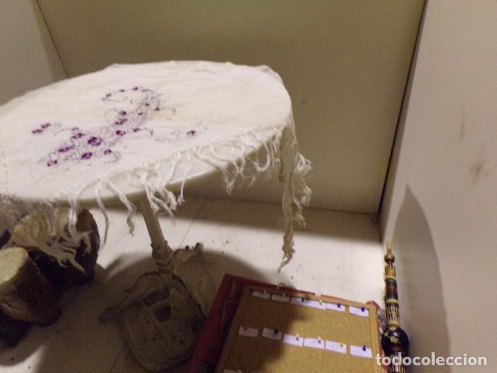 Antigüedades: antigua mantilla tipo manton manila con bonitos bordados y flecos - Foto 12 - 236397980