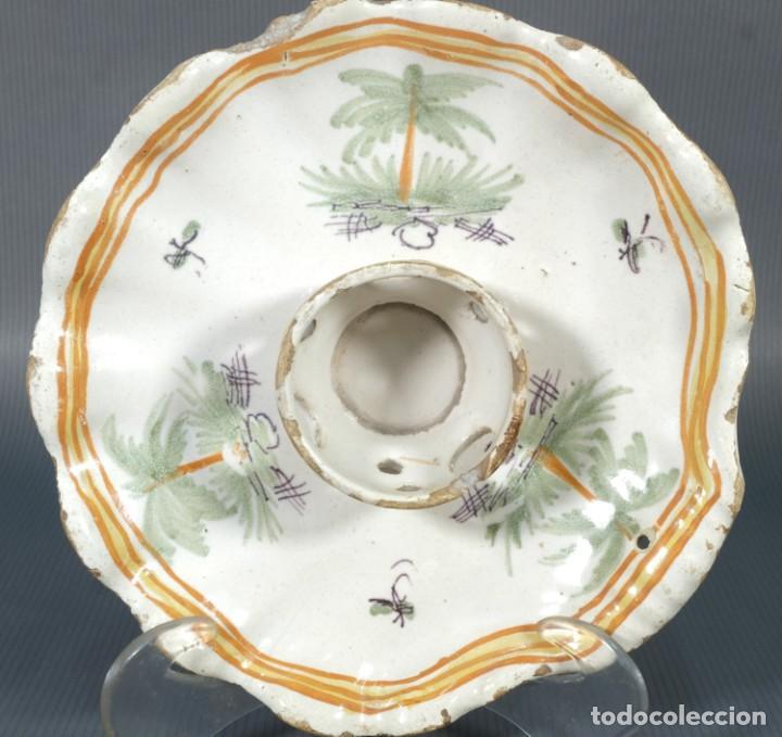 Antigüedades: Mancerina en loza de Alcora decorado con palmeras siglo XVIII - Foto 3 - 236447740