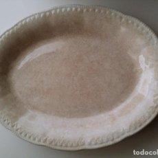 Antigüedades: BANDEJA ANTIGUA FUENTE DE CERAMICA. Lote 236450495