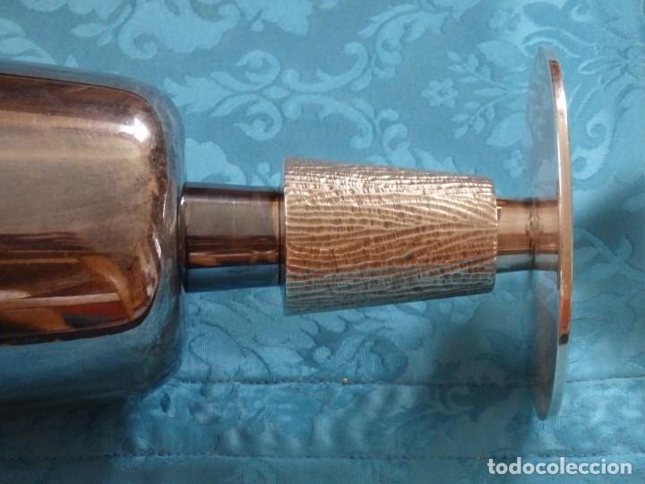 Antigüedades: Conjunto litúrgico compuesto por cáliz y patena en plata punzonada por Sunyer - Barcelona S. XX. - Foto 11 - 236456640