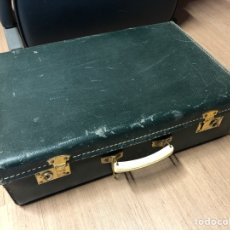 Antigüedades: ANTIGUA MALETA DE CARTÓN 50X32X15CM SIN LLAVE. Lote 236516635