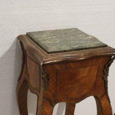 Antigüedades: PEDESTAL LUIS XV TAPA DE MARMOL. Lote 236533820