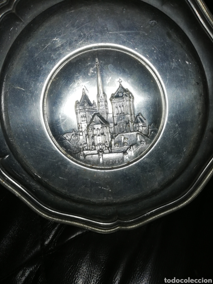 Antigüedades: Antiguo plato bajo relieve de GÉNOVA... METAL.. CREO QUE DE ZINC.. - Foto 3 - 236572730