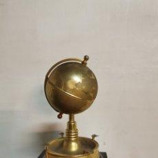 Antigüedades: ANTIGUA TABAQUERA CIRCA 1950. CAJA DE MÚSICA. Lote 236630540