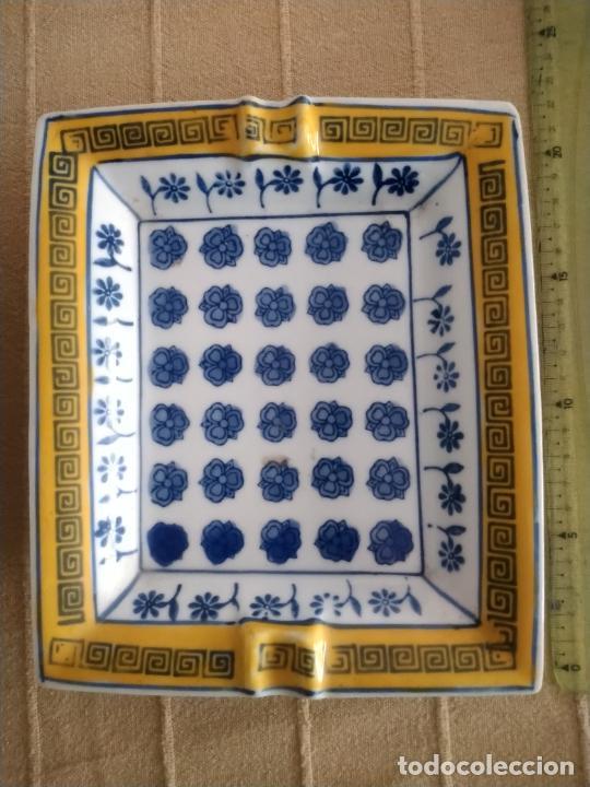 Antigüedades: PAREJA DE CENICEROS DE CERÁMICA PINTADOS. 21 X 17 CM. - Foto 3 - 236641640