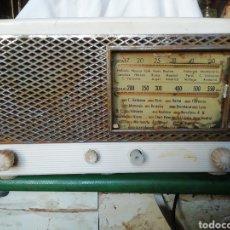 Antigüedades: RADIO ANTIGUA 29X17, PARA RESTAURAR O PIEZAS,. Lote 236712170