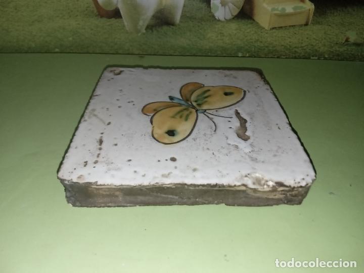 Antigüedades: AZULEJO BALDOSA mariposa vintage - Foto 3 - 236733445