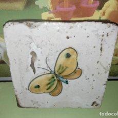 Antigüedades: AZULEJO BALDOSA MARIPOSA VINTAGE. Lote 236733445