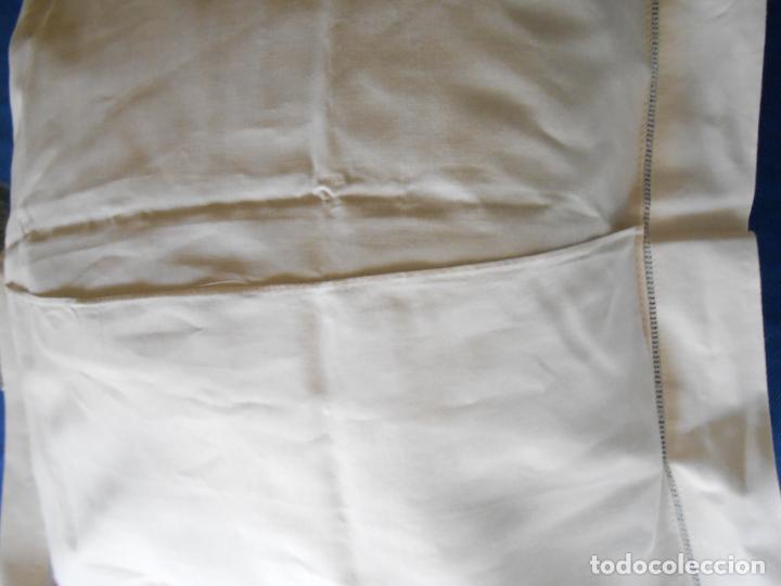 Antigüedades: Funda cojin grande.70 x 70 cm Algodon BEIGE.Bordados de 3 Vainicas Nuevo - Foto 12 - 236739540