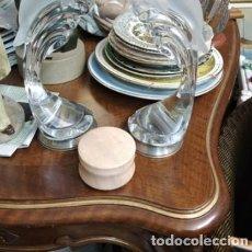 Antigüedades: JOYERO PIEDRA MARMOL ROSA.CON TAPA.. Lote 236755245