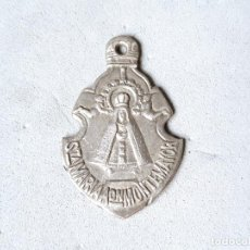 Antigüedades: ANTIGUA MEDALLA RELIGIOSA DE LA VIRGEN DE SANTA MARÍA DE LA ASUNCIÓN - BAÑOS DE MONTEMAYOR. Lote 236781100