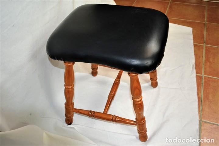 Antigüedades: Antiguo taburete en madera - Foto 2 - 236787090