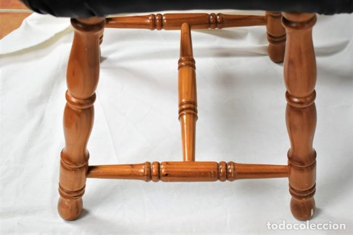 Antigüedades: Antiguo taburete en madera - Foto 3 - 236787090