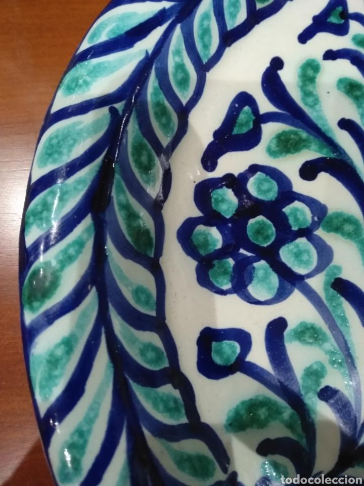 Antigüedades: Bellísimo plato Fajalauza. - Foto 4 - 236846000