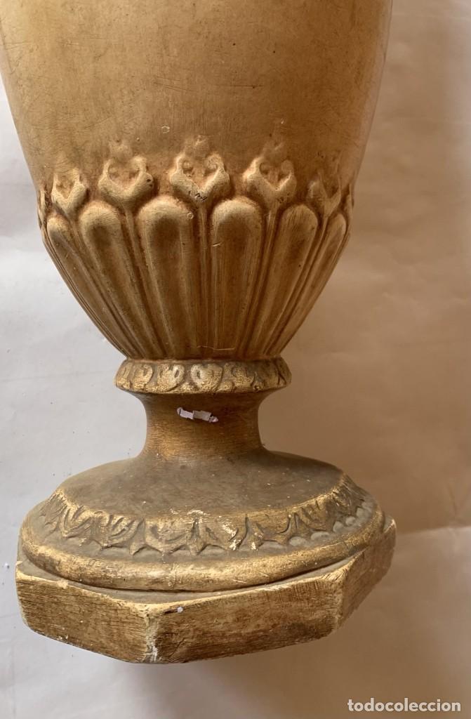 Antigüedades: PAREJA DE JARRONES ANTIGUOS DE ESTUCO . VIRGEN DEL PILAR . CERAMICA ARAGONESA . ZARAGOZA . - Foto 11 - 236911930