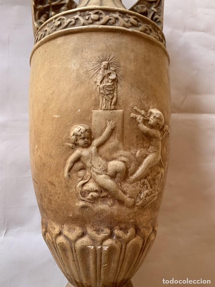 Antigüedades: PAREJA DE JARRONES ANTIGUOS DE ESTUCO . VIRGEN DEL PILAR . CERAMICA ARAGONESA . ZARAGOZA . - Foto 17 - 236911930