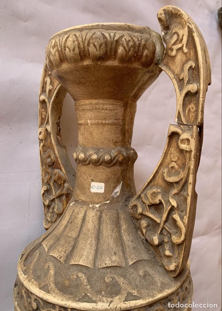 Antigüedades: PAREJA DE JARRONES ANTIGUOS DE ESTUCO . VIRGEN DEL PILAR . CERAMICA ARAGONESA . ZARAGOZA . - Foto 25 - 236911930