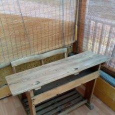 Antigüedades: PUPITRE ESCOLAR DOBLE. Lote 236911960
