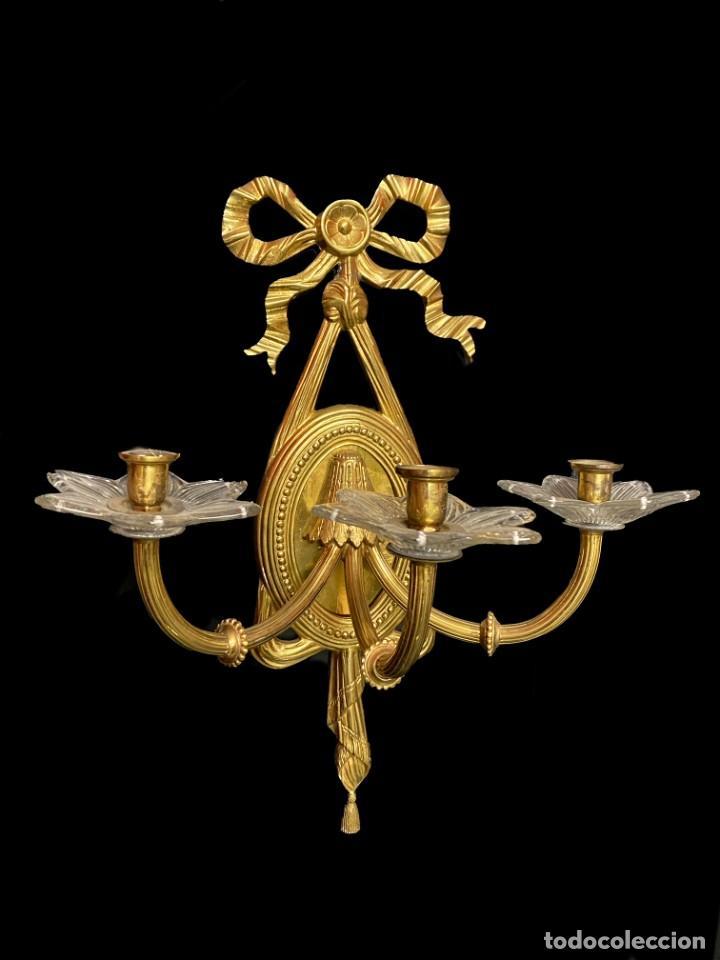 ANTIGUA PAREJA DE CANDELABROS, APLIQUES, DORADOS AL MERCURIO. NAPOLEÓN III.CASINO MERCANTIL ZARAGOZA (Antigüedades - Iluminación - Apliques Antiguos)