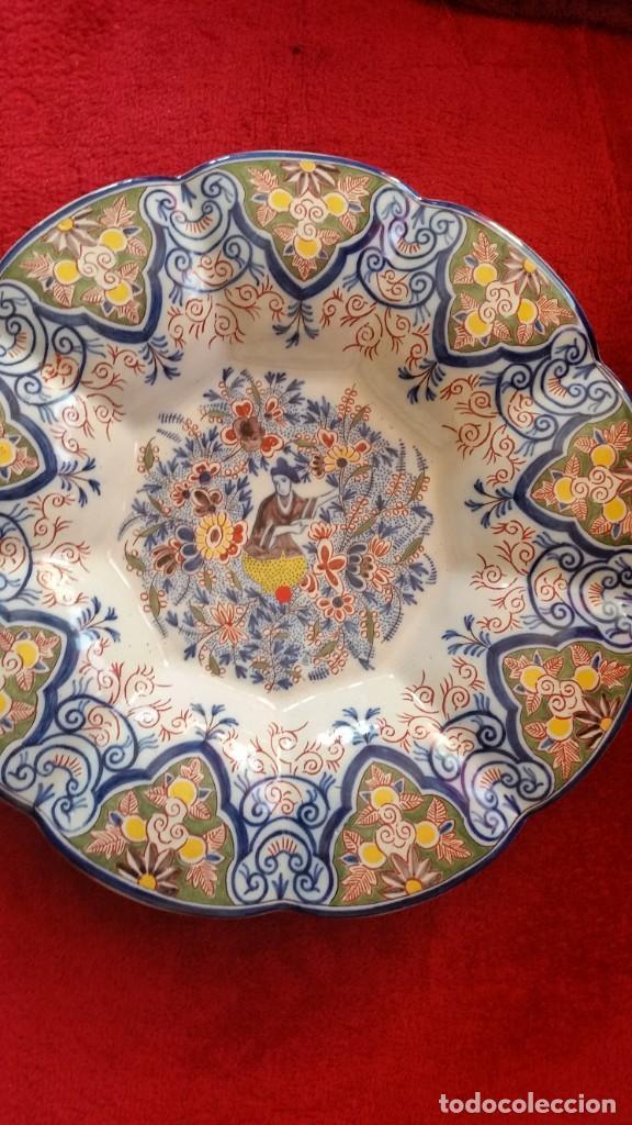 Antigüedades: GRANDE PLATO DE COLECION Y DECORACION PORCELANA M. CHINA HECHA A PINTURA EN RELIEVO - Foto 3 - 236947655