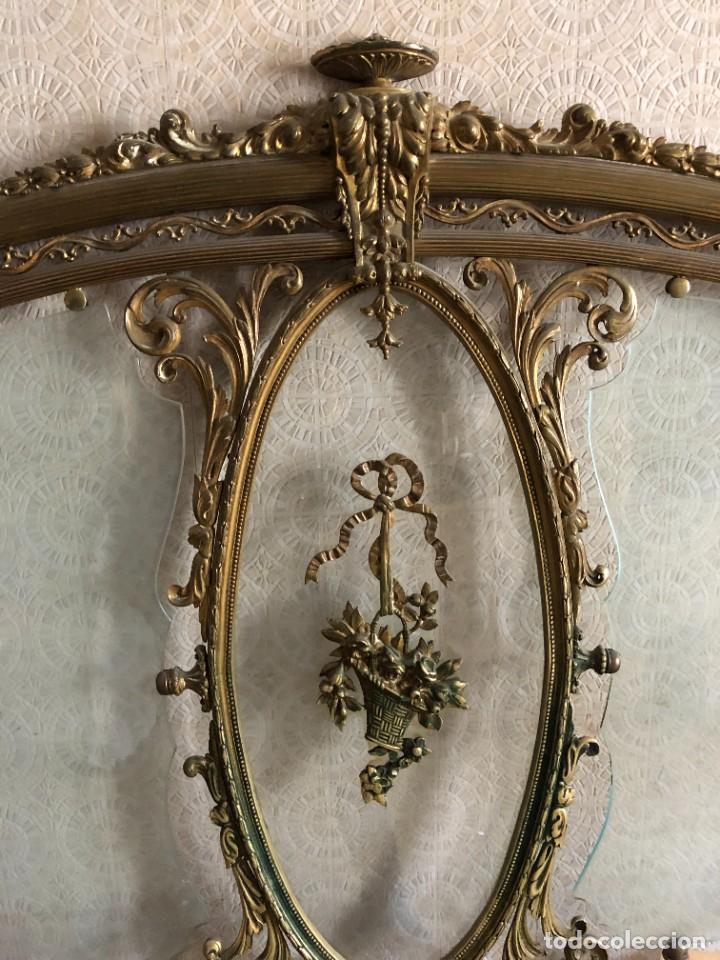 Antigüedades: Cabecero y pie de cama antiguo bronce y cristal - Foto 3 - 236985960