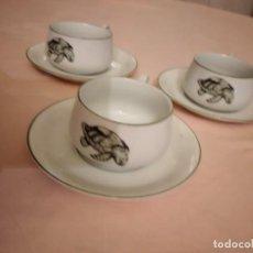 Antigüedades: PRECIOSO TRIO PARA CAFÉ DE PORCELANA ARZBERG BAVARIA LACROIX.IMAGEN TORTUGA MARINA.. Lote 236988000