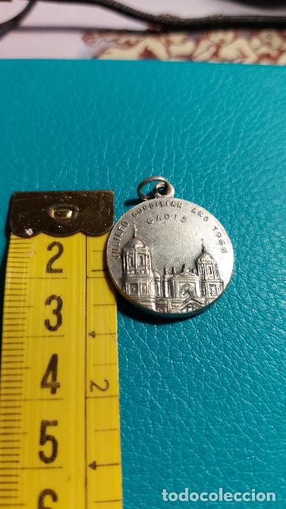 MEDALLA CON UNA IMAGEN DE CADIZ (Antigüedades - Religiosas - Medallas Antiguas)