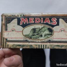 Antiguidades: 3PARES DE MEDIAS DE MUJER - EL FARO DE CALELLA CON PARTE DE LA CAJA SIN USAR VER FOTOS.. Lote 237037510