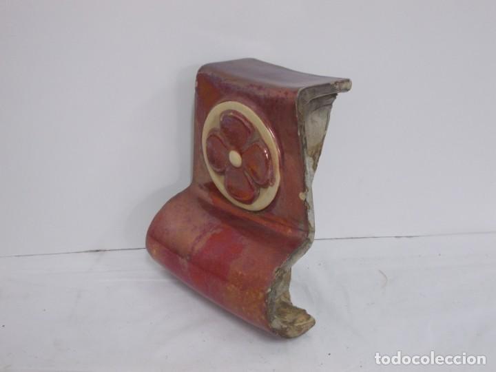 Antigüedades: MARAVILLOSA CLAVE DE ARCO PIEZA ARQUITECTONICA MODERNISTA CATALANA EN CERAMICA DE REFLEJO - Foto 9 - 237091120