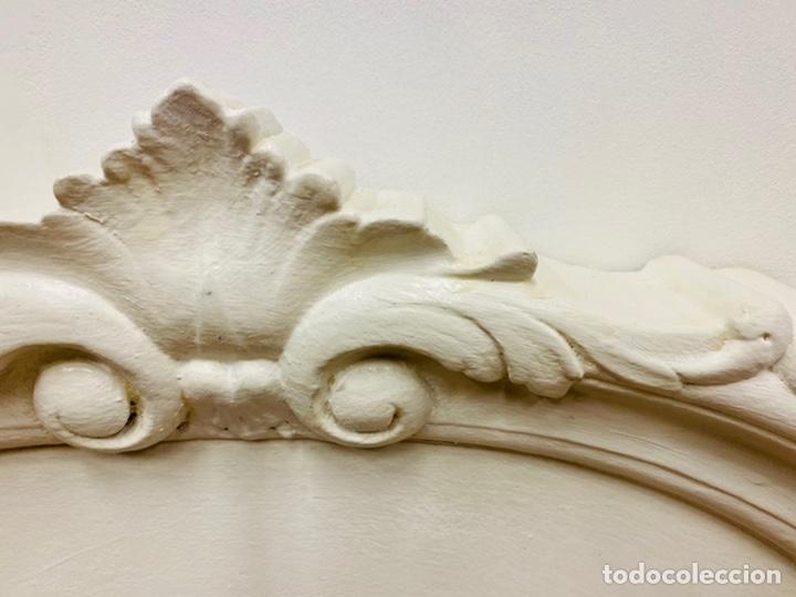 Antigüedades: Dormitorio de madera de cerezo pintado en blanco - Foto 7 - 236931515