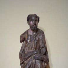 Antigüedades: IMAGEN RELIGIOSA TALLA DEL SIGLO XVI CASTELLANA/BURGALESA MADERA TALLADA RESTOS DE POLICROMIA. Lote 237181175