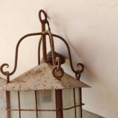Antigüedades: ANTIGUA LAMPARA DE TECHO FAROL EN HIERRO DE FORJA. Lote 237252460