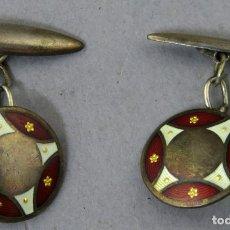 Antigüedades: PAREJA DE GEMELOS EN PLATA Y ESMALTE FINALES DEL SIGLO XIX. Lote 237288385