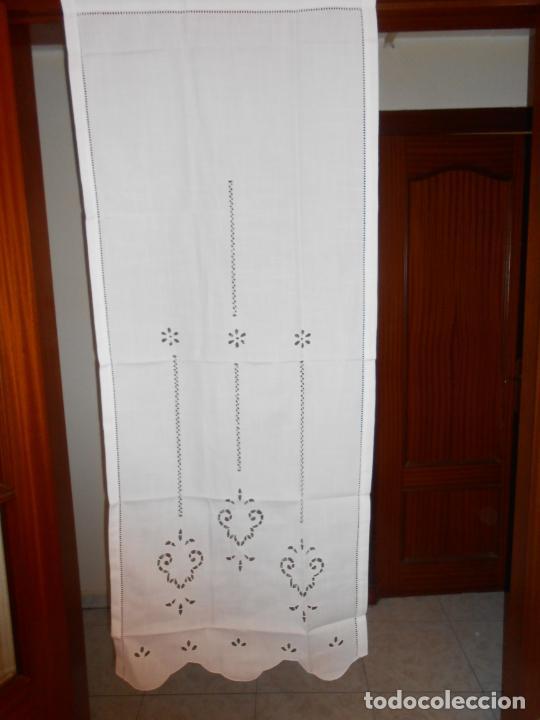 Antigüedades: Panel cortina BLANCO Bordado vainicas y recortes. 80 x 180 cm. Nuevo - Foto 7 - 237305110