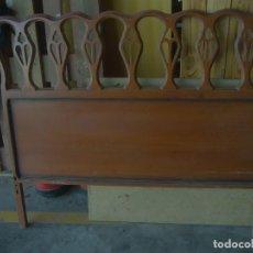 Antigüedades: CABECERO MADERA CAMA RUSTICO 114 X 99 CM WOODEN HEADBOARD RUSTIC BED 114 X 99 CM. Lote 237309375