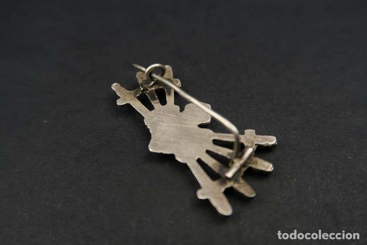 Antigüedades: Antiguo Broche Corazón con Puñales de Plata - Foto 6 - 237326480