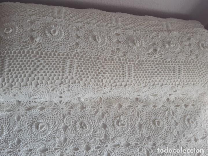 Antigüedades: ANTIGUA COLCHA DE CROCHET PARA CAMA DE 90. - Foto 6 - 237351600