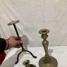 Antigüedades: LOTE DE 3 PRECIOSOS CANDELABROS ANTIGUOS!. Lote 237367730