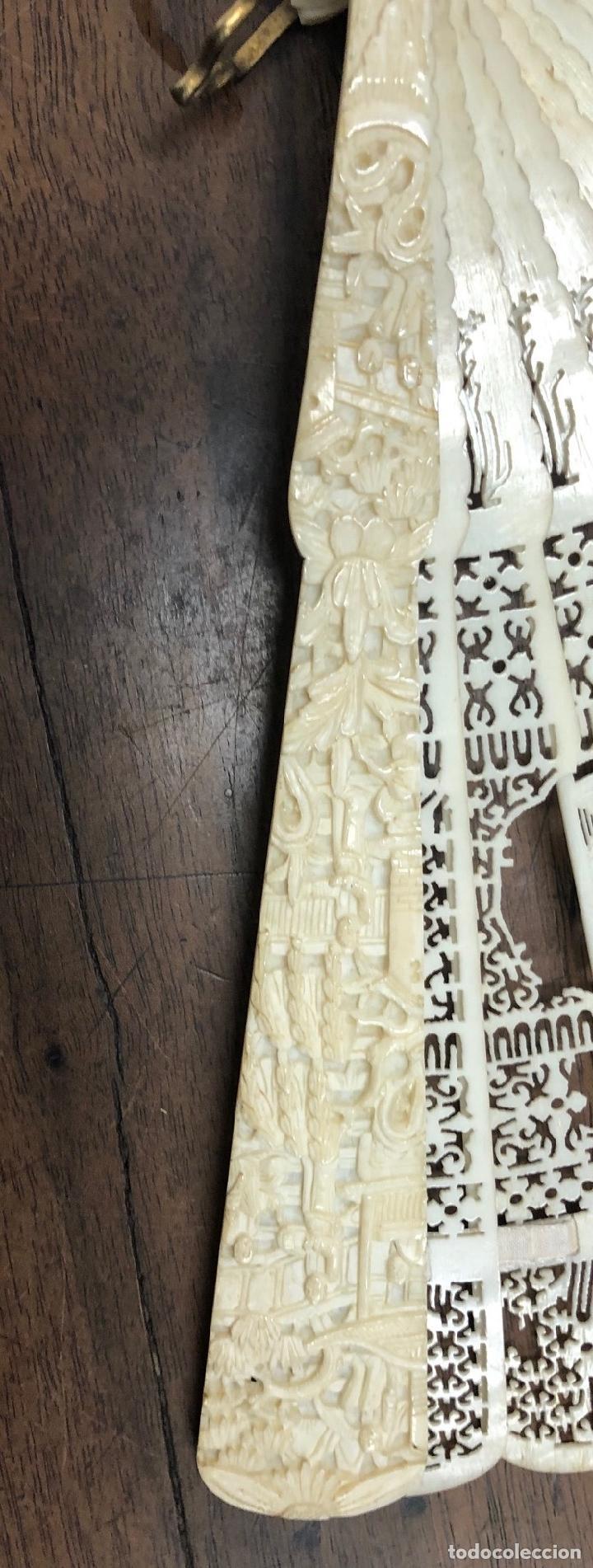 Antigüedades: ESPECTACULAR ABANICO EN RELIEVE INTEGRAMENTE REALIZADO EN MARFIL - Foto 5 - 237481740