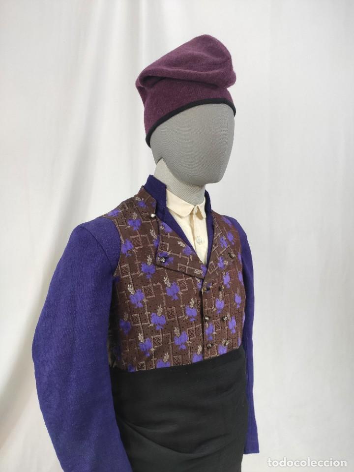 BARRETINA, GORRA DE COLOR MORADO OSCURO (Antigüedades - Moda - Sombreros Antiguos)