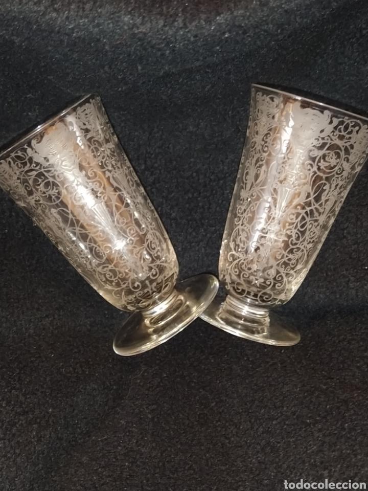 Antigüedades: Importante pareja de copas de cristal de Murano. Sopladas y grabadas. Siglo XVIII-XIX. - Foto 3 - 237579560