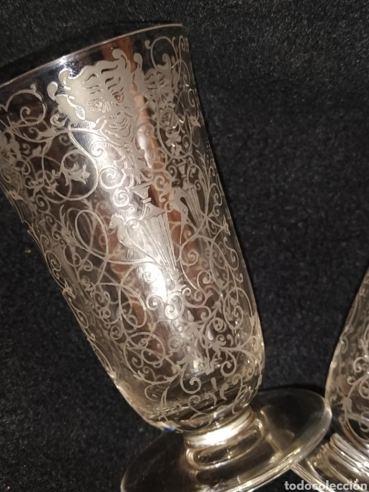 Antigüedades: Importante pareja de copas de cristal de Murano. Sopladas y grabadas. Siglo XVIII-XIX. - Foto 5 - 237579560
