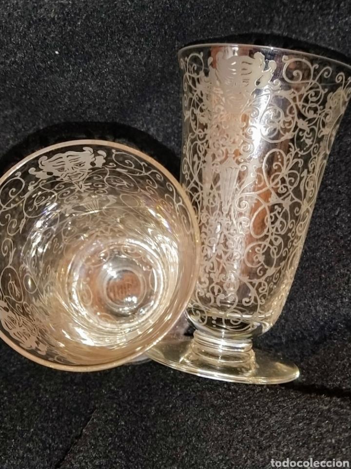 Antigüedades: Importante pareja de copas de cristal de Murano. Sopladas y grabadas. Siglo XVIII-XIX. - Foto 7 - 237579560
