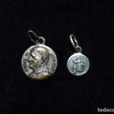 Antigüedades: LOTE DE 2 ANTIGUAS Y PEQUEÑAS MEDALLAS DE PLATA, S. XIX-XX. (27). Lote 237627330
