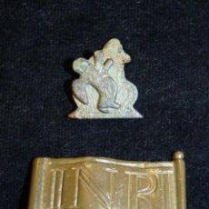 Antigüedades: LOTE DE 2 PIEZAS DE REMATE DE CRUCIFIJO. BRONCE. CARTELA. S.XVII-XIX (33). Lote 237627795