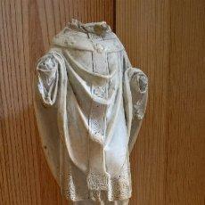 Antigüedades: FIGURA DE OBISPO. FALTA CABEZA Y MANOS.. Lote 237660240