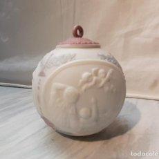 Antigüedades: BOLA DE NAVIDAD LLADRO 1992. Lote 247917585